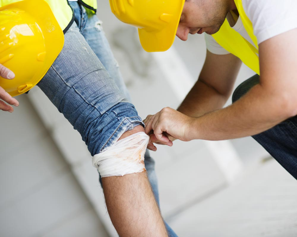 Example of a an employee getting injured and needing workers comp